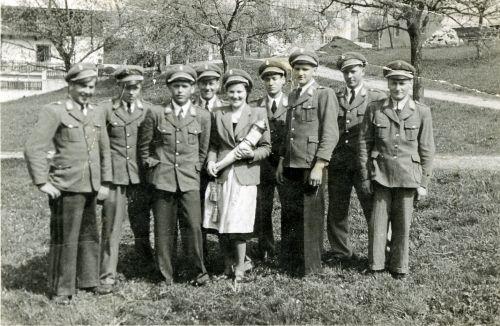 1950: erstmals eine einheitliche Uniform